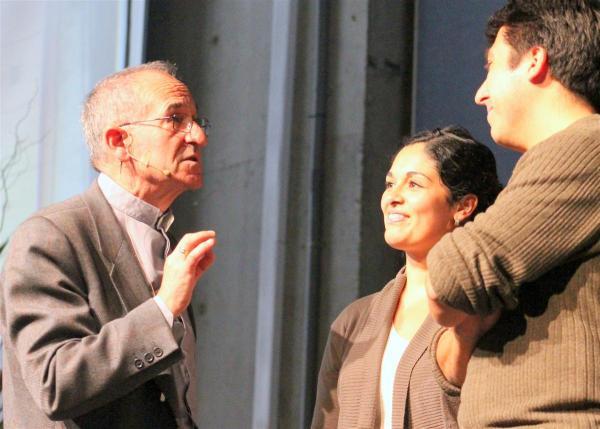 P.Álvaro Ginel, sdb y Catequistas