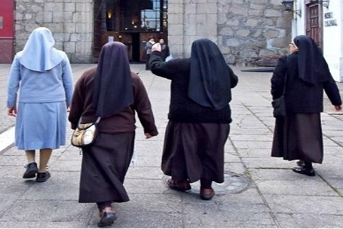 Solemnidad de la Virgen María: Testigos de Jesús en el mundo