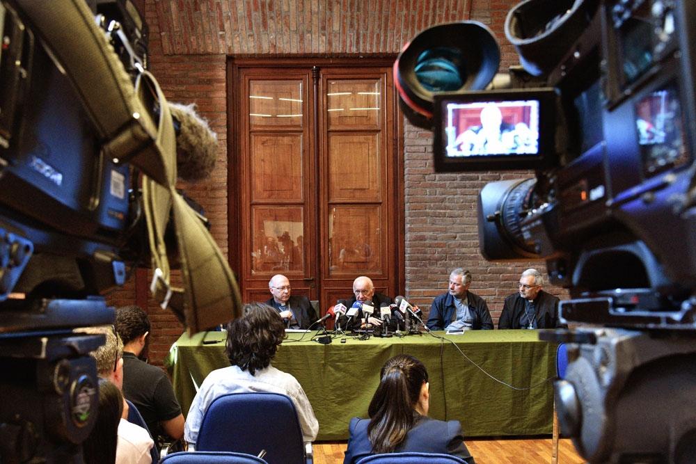 Cardenal Ezzati realiza balance del año 2016 junto a la prensa