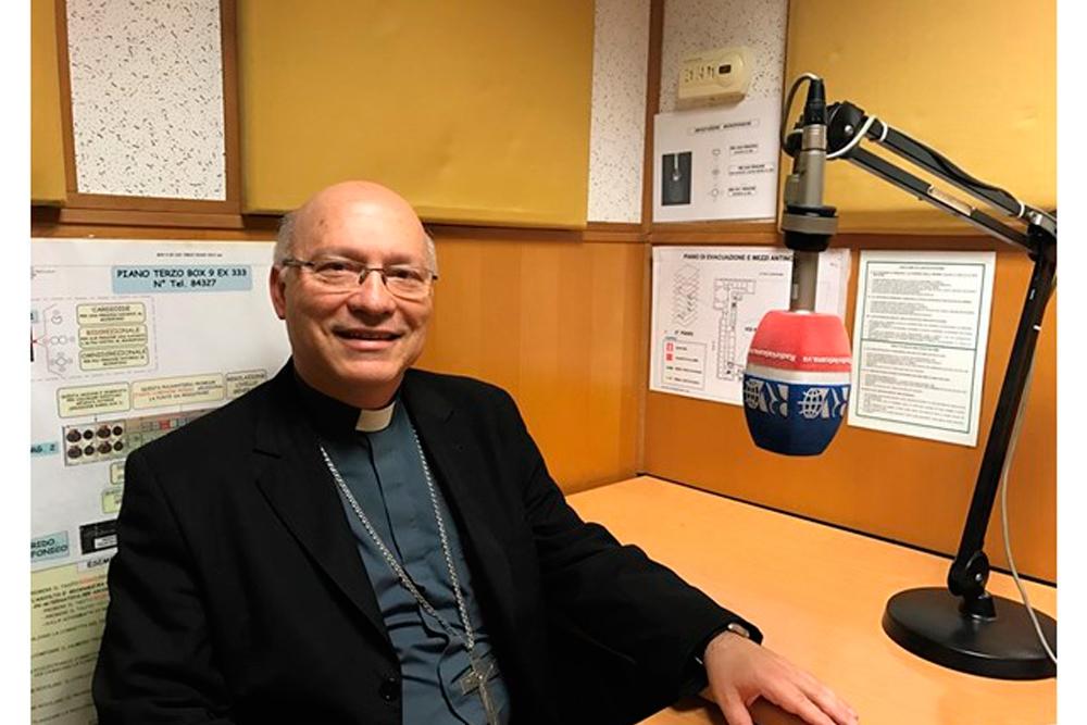 Monseñor Fernando Ramos entrevistado por Radio Vaticano