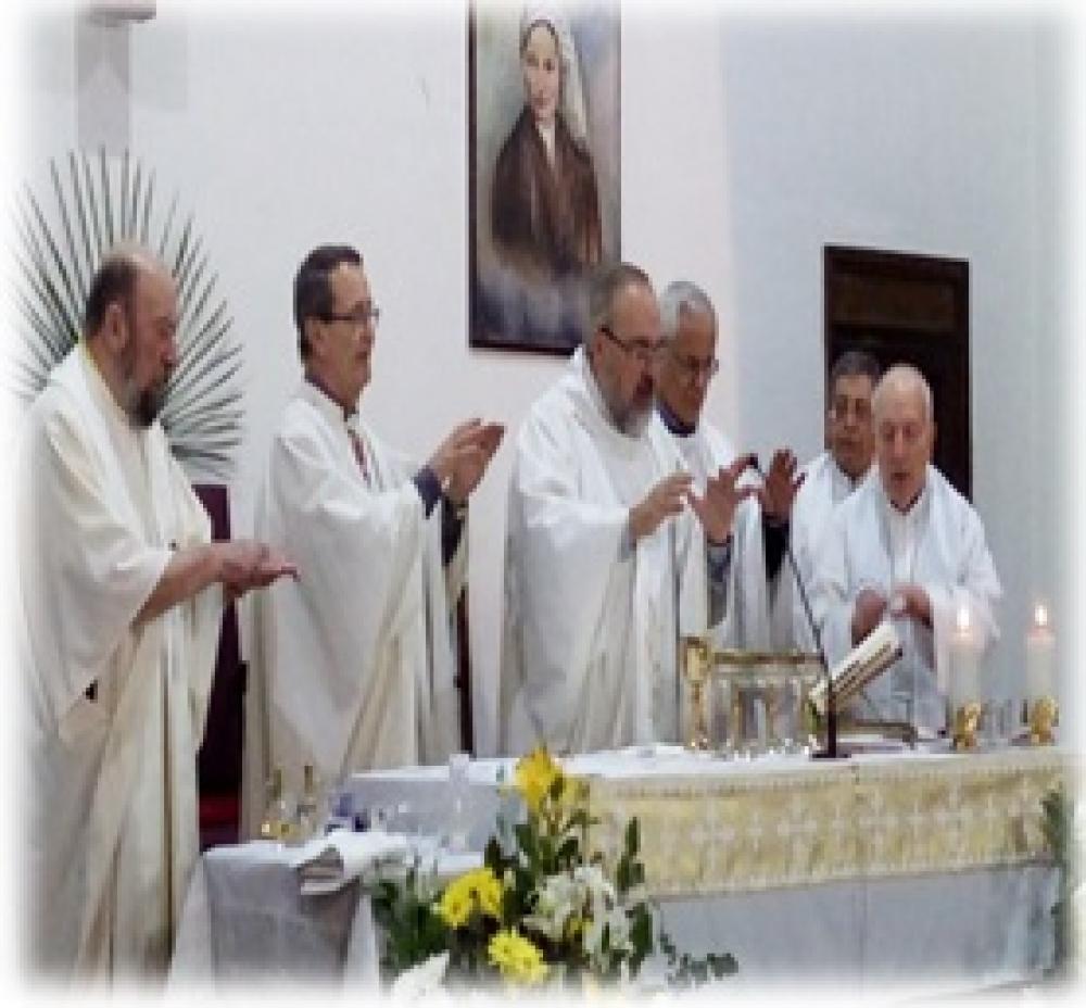 Parroquia Santa Bernardita celebra a nuevo párroco